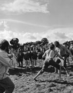 KUBRICK con la cinepresa a mano sul set di BARRY LYNDON