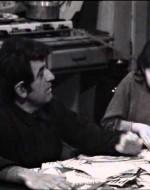 """Nanni Loy e Cinzia De Carolis in """"Marcovaldo"""", sceneggiato televisivo RAI del 1970 (riduzione televisiva di Manlio Scarpelli, Sandro Continenza e Giuseppe Bennati - Regia di Giuseppe Bennati)"""