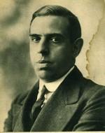 Giuseppe Antonio Borgese, autore della recensione che contribuì ad affermare il valore del romanzo e del suo autore esordiente