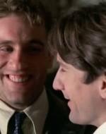 OLMO: Prima con un'epilettica e ora con una cieca. Se continui così, dovrai aprire un ospedale!  //  ALFREDO: Il cieco sei tu, invece!