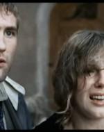 Olmo e Anita, entrambi stravolti, si ricongiungono. Sembrano disperati.  //  ANITA (piangendo): E' tutto inutile! E' la fine! E'la fine!