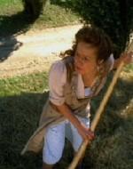 ANITA: Donne cosa vedo! Vedo un gran polverone, e un uomo vedo… su un cavallo bianco… Sembra Olmo!