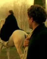 OLMO: Lo so, lo so… ma siamo diversi.  //  ADA: Forse non siete più tanto amici.
