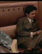Alfredo  raggiunge la moglie. // ALFREDO: Ha ragione lui. Cos'è questa vocazione di missionaria? Chi te l'ha chiesto di occupartene?  // ADA (cercando freneticamente dell'alcol): Io voglio bene a quella bambina!  // ALFREDO: Io me ne frego che le vuoi bene! La bambina qui è fuori posto! I figli degli altri lasciali stare. // ADA (urlando) E va bene. D'ora in poi mi dedicherò ai nostri figli! // ALFREDO: Cristo, cerca di dedicarti a me!  (Poi, quando rimane solo) Novembre è il mese più crudele dell'anno.