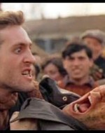 Anita non sbaglia il secondo colpo e questa volta è Attila a ricevere la merda in faccia, scatenando un tiro al bersaglio collettivo che ha per obiettivo i due fascisti. Demesio arriva a stimolare con le dita il deretano di una cavalla, per rifornirsi di munizioni. //  OLMO (agguantando Attila per il bavero e dopo averlo sbattuto contro un carro):  Compagni!  Ridete! Ridete forte! Oggi si può ridere… perché oggi tutto può cambiare! // ATTILA (urlando spaventato): Baroni!
